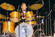 kim kelly on drums